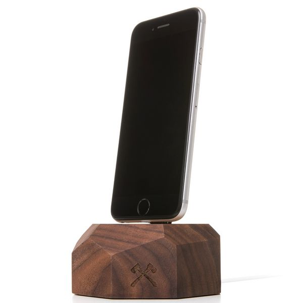 EcoDock - Wooden iPhone Dock-Walnuss